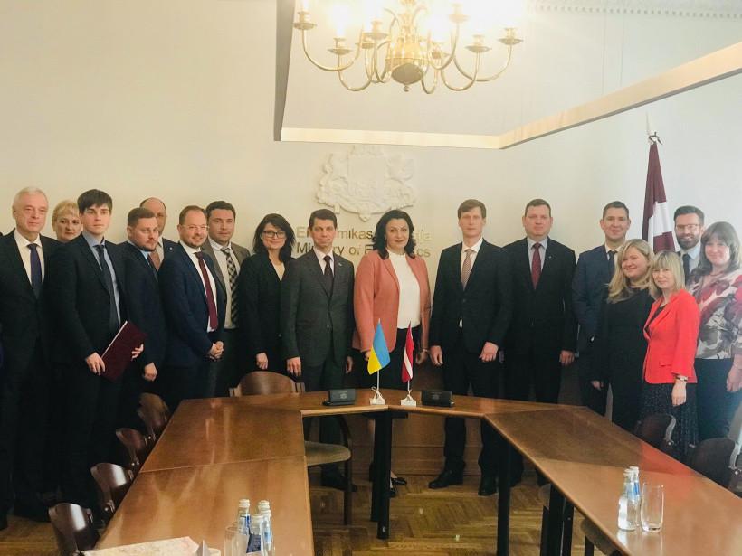 Украина и Латвия договорились об усилении сотрудничества во многих сферах