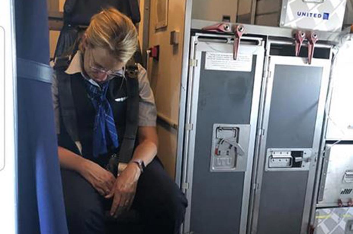 Пьяная стюардесса, Фото: NBC