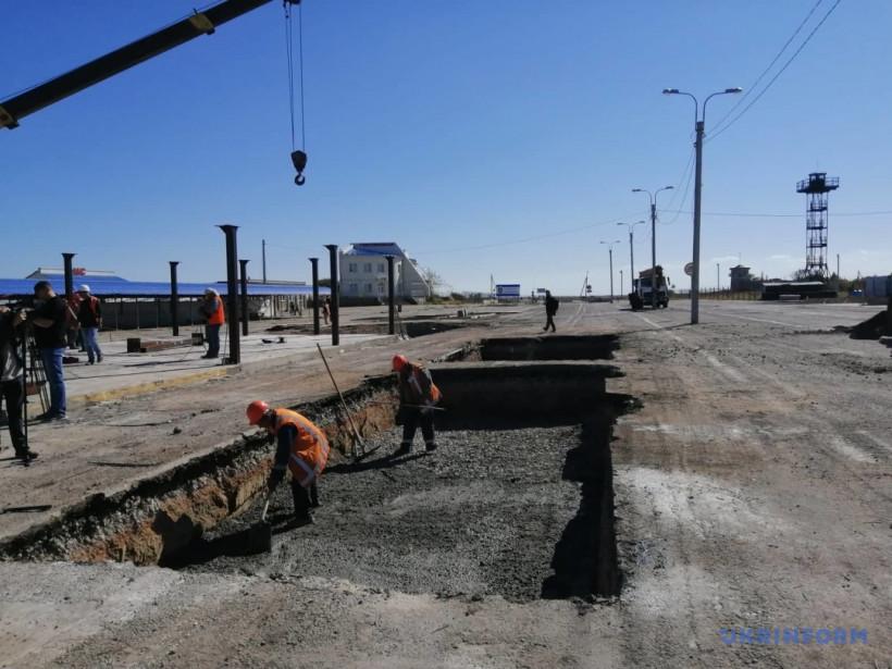 Благодаря Укрзализныци на строительстве КПВВ сэкономят треть средств - Криклий