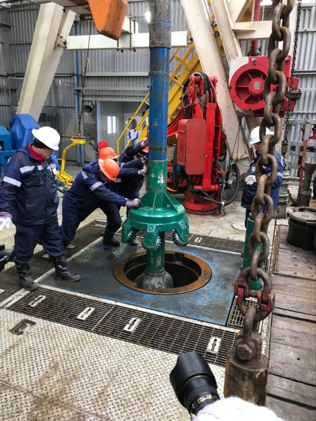 Нафтогаз начал бурение сверхглубокой скважины с компанией Schlumberger