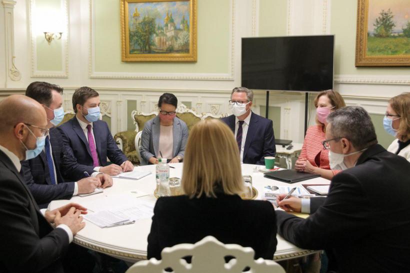 Шмыгаль рассчитывает на дальнейшее сотрудничество с США по развитию Украины