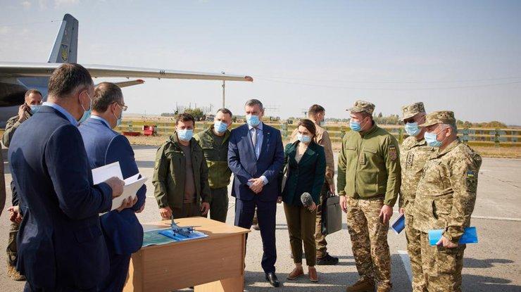 НаУкраине разбился самолет АН-26: погибли 25 человек