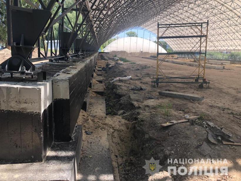 Полиция разоблачила схему хищения средств при создании Национального теннисного центра