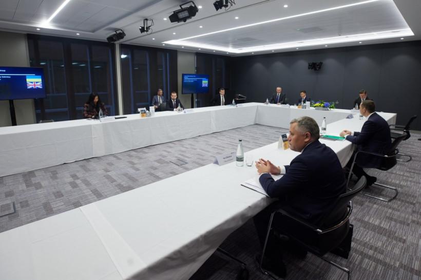 Зеленский пригласил британских инвесторов в Украину и рассказал об идее Киев-Сити