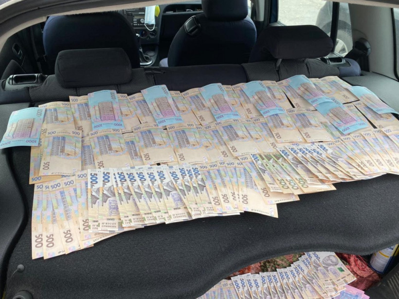 На взятке в 100 тысяч гривень поймали чиновника филиала Укрзализныци