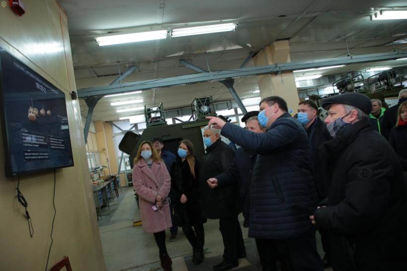 Укроборонпром погасил задолженность по зарплате работникам львовского завода