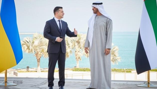 Зеленский обсудил с наследным принцем Абу-Даби увеличение товарооборота