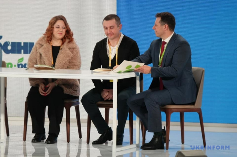 Доступная ипотека 7%: в Украине первые семьи получили кредиты