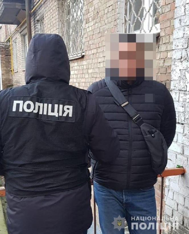 Столичные оперативники за несколько минут задержали автовора с краденным «добром» (ФОТО)