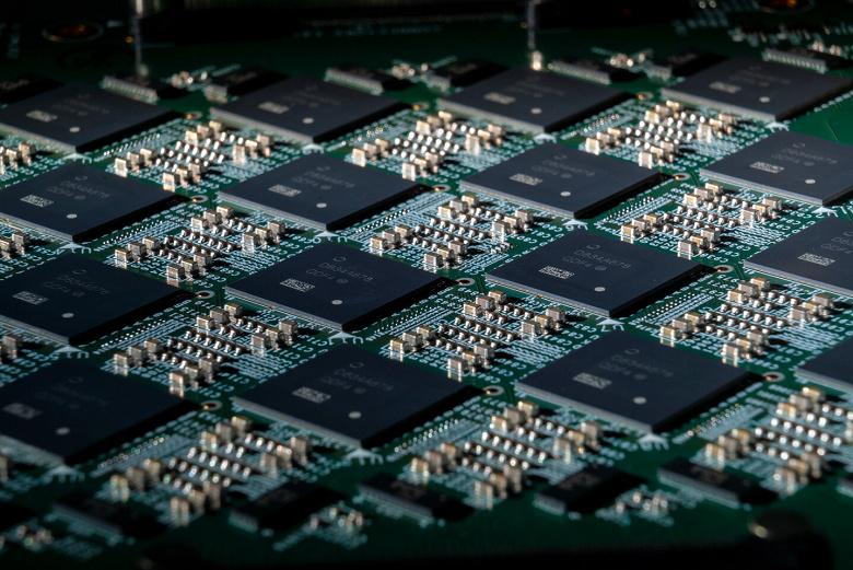 «Мощность – 100 миллионов нейронов»: создана самая мощная в мире нейроморфная система (ФОТО)