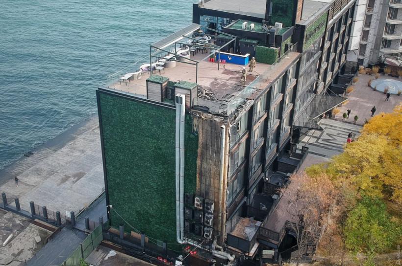 На одесском Ланжероне горел элитный отель (ФОТО, ВИДЕО)