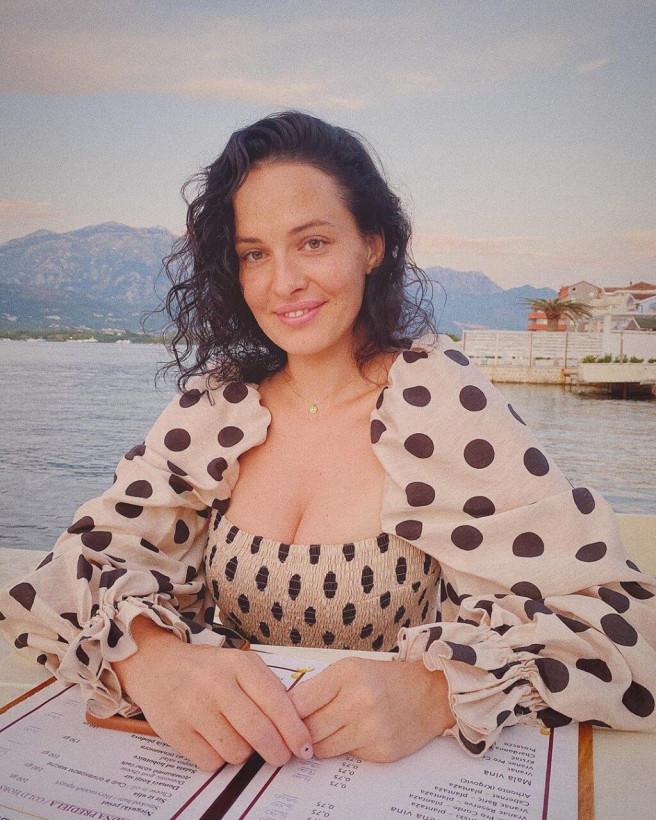 Даша Астафьева заинтриговала Сеть новым снимком
