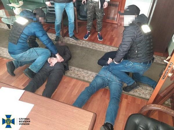 Организовали за схему вымогательства: сотрудники СБУ задержали чиновников Минюста (ФОТО)