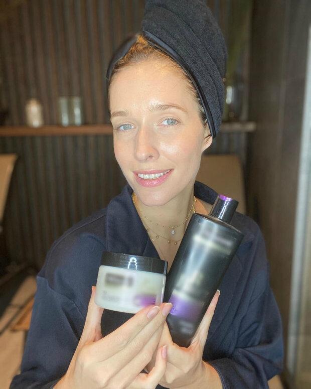 Катя Осадчая показала, как выглядит без помощи визажистов и парикмахеров на карантине (ФОТО)
