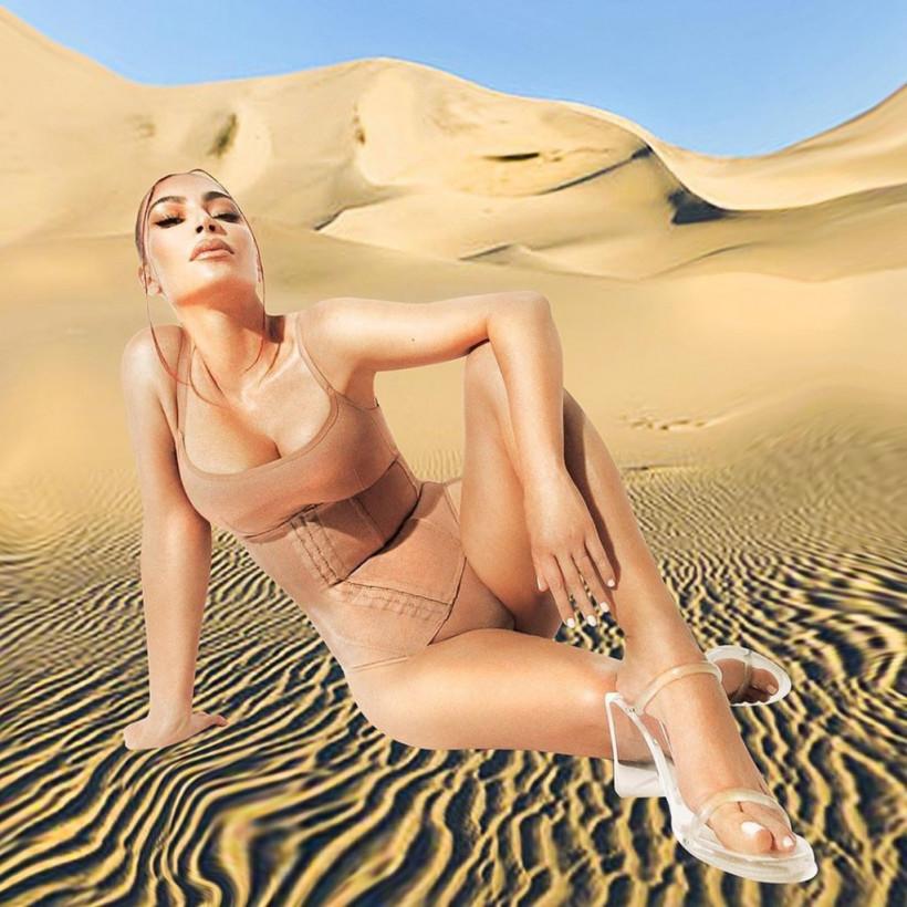 Ким Кардашьян позировала в нижнем белье среди «песков пустыни» (ФОТО)