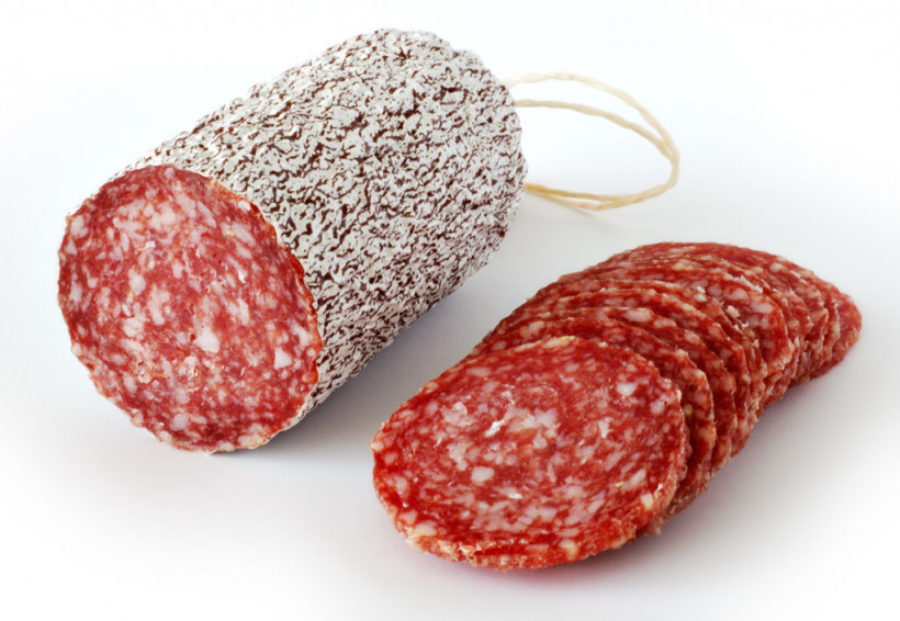 Диетологи назвали продукты, которые нельзя есть во время беременности