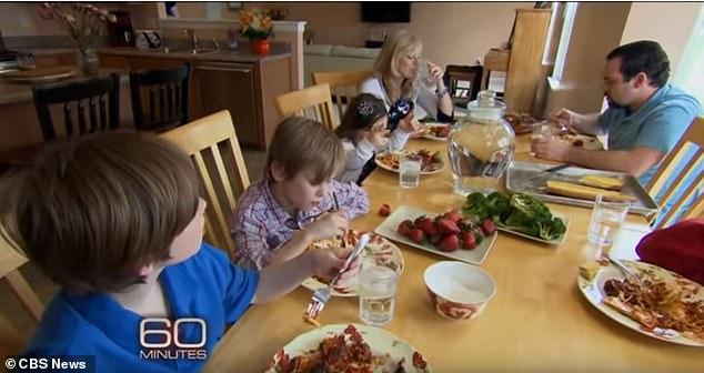 В США супруги удочерили 8-летнюю украинку, изменили ей возраст и бросили одну (ФОТО)