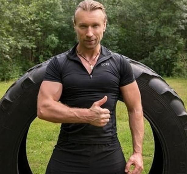 Олег Винник показал фото со своих тренировок