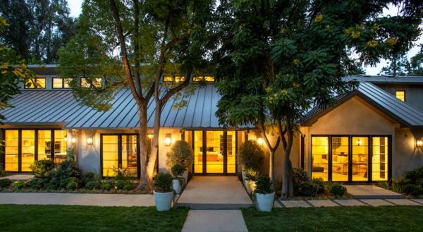 Появились снимки нового особняка Камерон Диас стоимостью почти 15 миллионов долларов