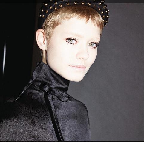 В моду вошли «шторки»: Какие чёлки будут на пике популярности в 2020 году (ФОТО)