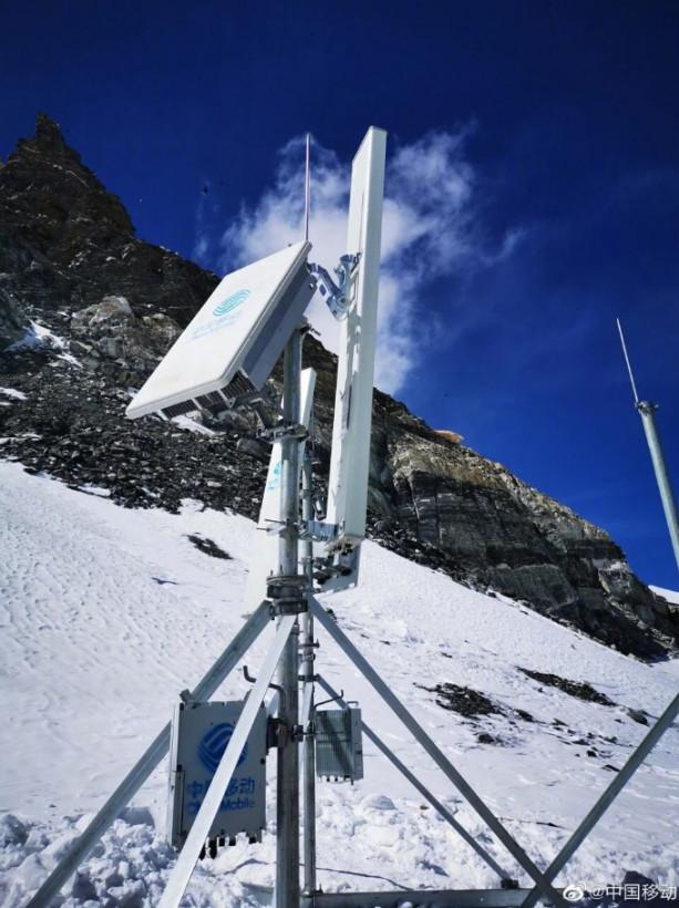 Huaweiсовместнос китайскими компаниями успешно завершила монтаж 5G на Эвересте (ФОТО)
