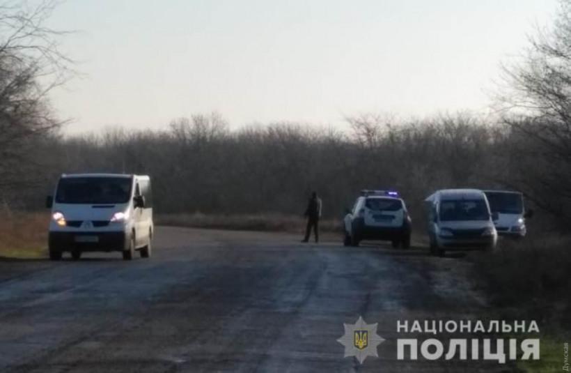 При столкновении Renault и Mitsubishi под Одессой один человек погиб и двое детей получили травмы (ФОТО)