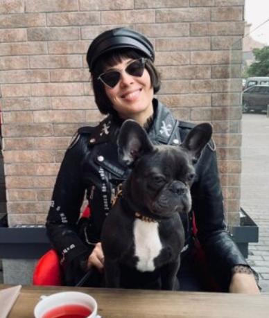 Скандальная MARUV поразила Сеть фото с собачкой