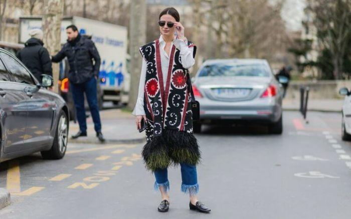 Модная одежда для весны-2020: жилеты с мехом и яркими принтами (ФОТО)